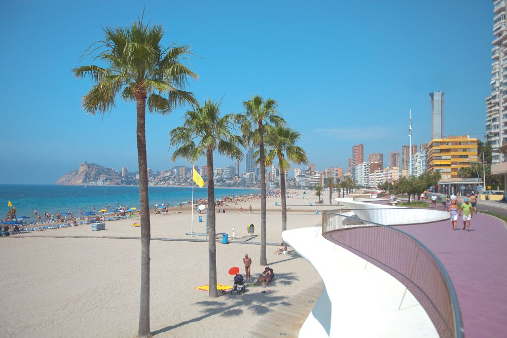 flights to alicante on the beach